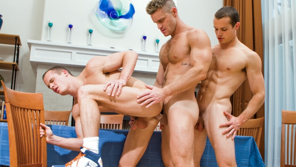 jocks-studios-fuck-around-with-twins